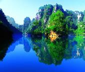 張家界旅(lv)游寶(bao)峰(feng)湖(hu)風景